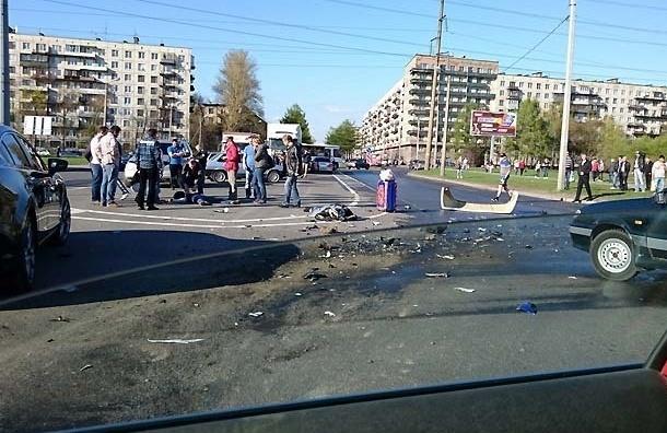 Смертельная авария с мотоциклистом на Замшина попала на видеокамеры
