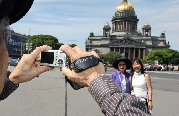 За майские праздники Петербург посетили 300 тысяч туристов