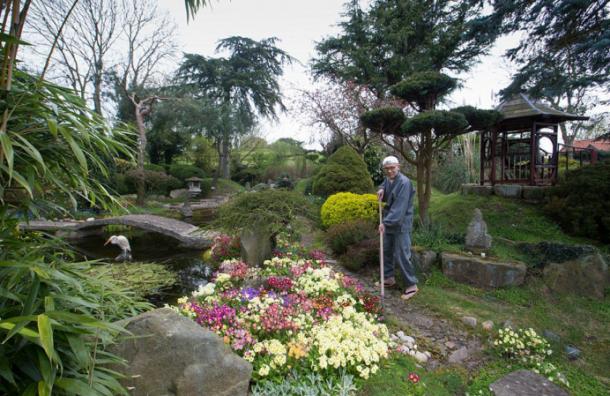 Монах из Японии за 35 лет возвел сад на пустыре в Британии