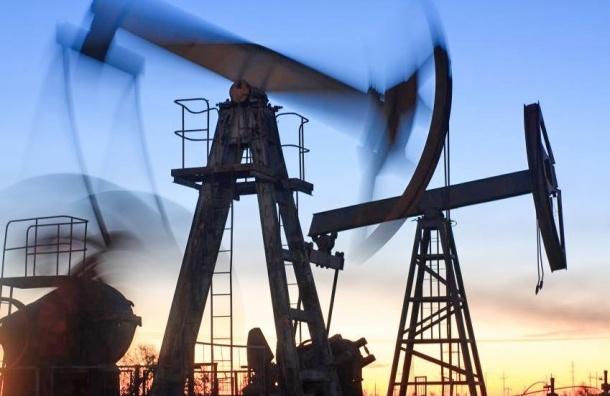 Нефть подешевела из-за роста запасов топлива США