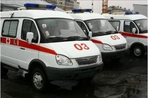 Неадекватный пациент «скорой» чуть не задушил водителя