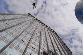 Девушка выжила, упав с 12-го этажа на проспекте Художников