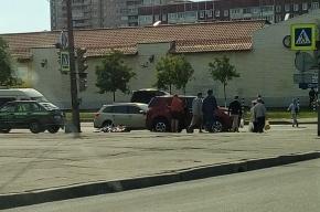 Велосипедиста  сбили на Планерной улице