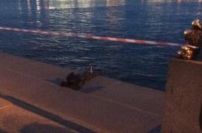 Труп со связанными руками выловили из Невы около Благовещенского моста