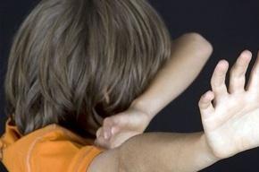 Неизвестный надругался над девятиклассником в квартире на Невском