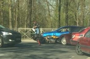 Авария с мотоциклистом произошла в Пушкине