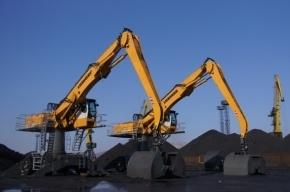 Сотрудника порта Усть-Луга вдавило вагоном в кучу угля