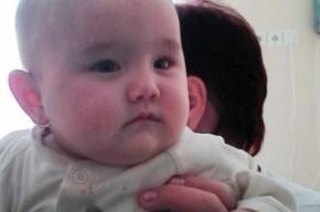 Полиция просит петербуржцев помочь им найти мать брошенного в Купчино ребенка