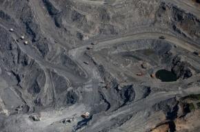 Обрушение золотого рудника под Красноярском заблокировало 150 человек