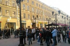 Революционные песни готовятся петь в центре Петербурга