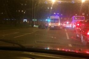 Очевидцы: девушку на мотоцикле сбили на улице Типанова