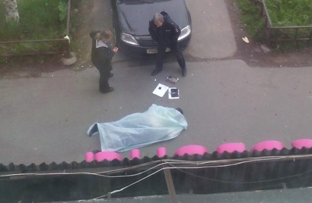 Очевидцы: Труп обнаружен возле бара Штрих-Код на Народной