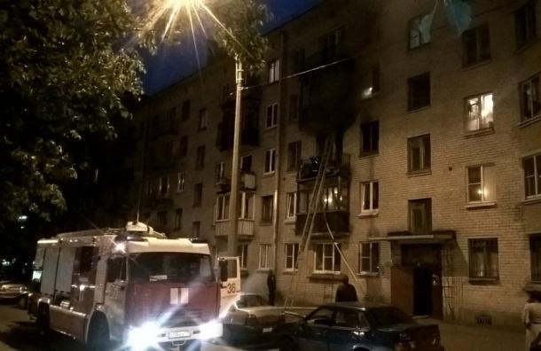 Очевидцы: при пожаре на Нахимова погиб мужчина
