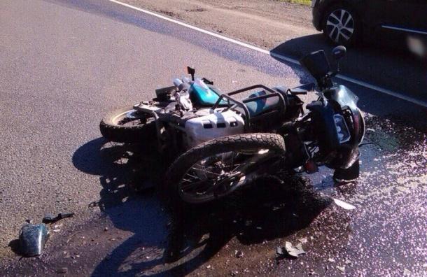 Очевидцы: Мотоциклист разбился в ДТП на Киевском шоссе