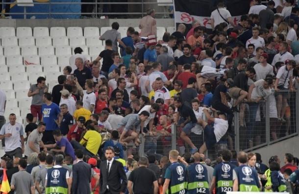 Глава английских фанатов требует отстранить Россию от Евро-2016