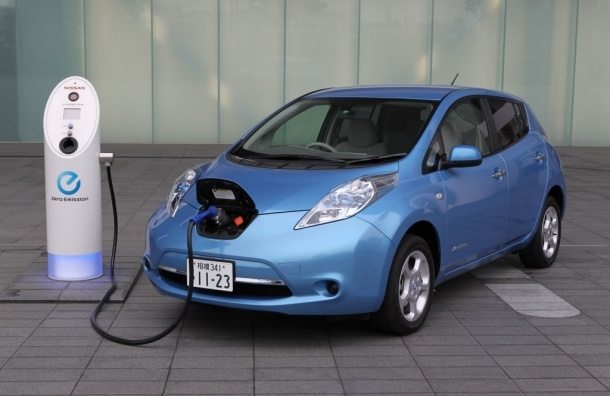 Электромобили в Петербурге могут освободить от налога