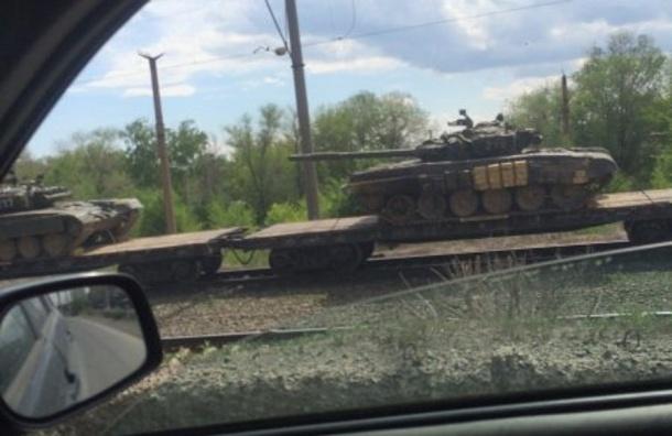 Поезд с российскими танками увидели на границе Казахстана в 100 километрах от Актобе