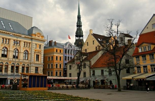 Премьер-министр Латвии начал бороться за «души» русскоязычных жителей