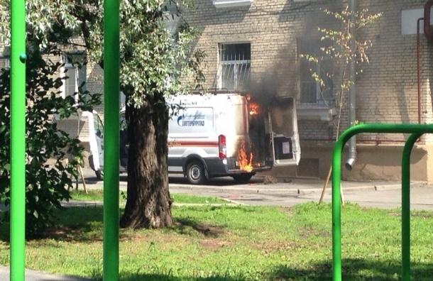 Автомобиль службы «04» горел на улице Гастелло