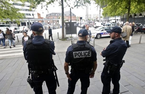 Полиция Франции отпустила 11 российских болельщиков