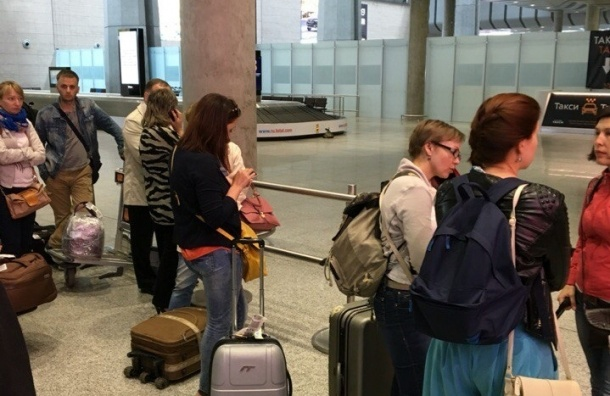Очевидцы: Полиция оцепила пункт выдачи багажа в Пулково