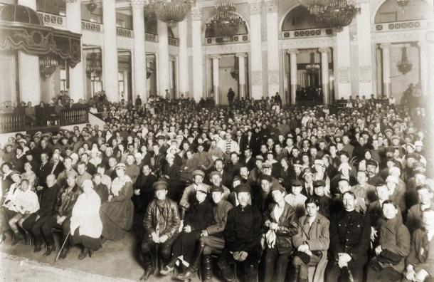Напиши свою страницу в историю Петербургской филармонии