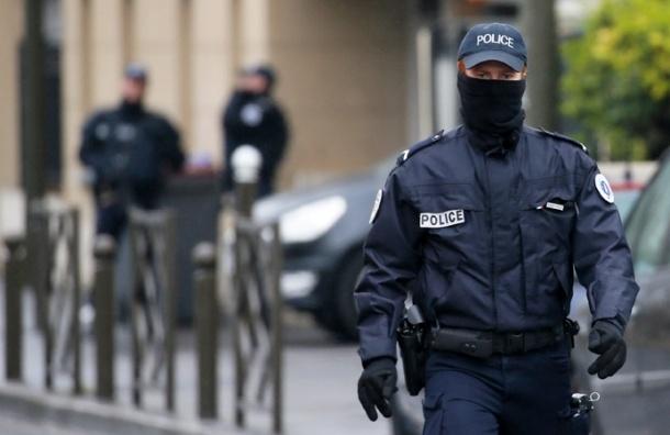 Французский спецназ задержал автобус с российскими болельщиками