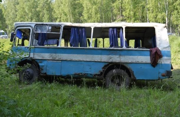 Пьяный водитель перевернул автобус в Красноярском крае