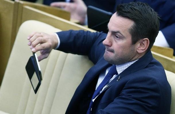 Депутат Носов предлагает сажать в тюрьму за неоднократное употребление наркотиков