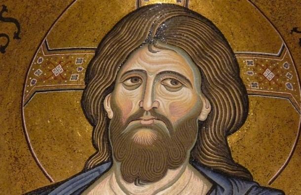 Вор вынес из квартиры на Жака Дюкло три иконы XIX века