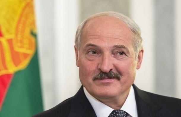 Лукашенко: Белоруссию пытаются наклонить