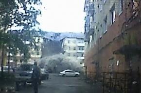Момент обрушения дома в Междуреченске попал на видеорегистратор