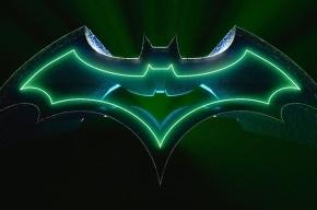 Мужчина в костюме Бэтмена выпал в Саранске из окна