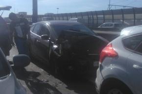 Семь машин столкнулись в аварии на внешнем кольце КАД