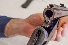 Пьяный мужчина стрелял по прохожим из ружья на севере Петербурга