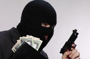 Неизвестные в масках ограбили ювелирный магазин в Тосно