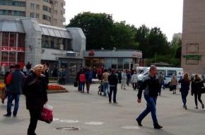 Станцию «Гражданский проспект» оцепила полиция