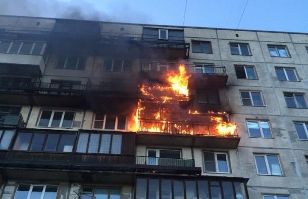 Два этажа сгорели в доме на проспекте Энергетиков