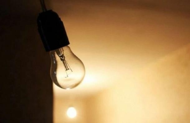 Без света в Ленобласти остались более 16 тысяч человек