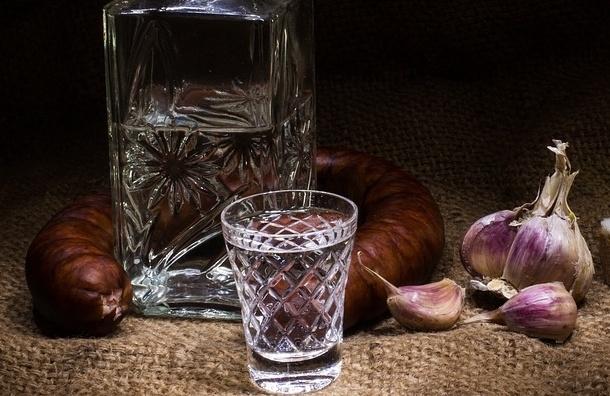 Петербуржец выпил 5 литров водки и выжил