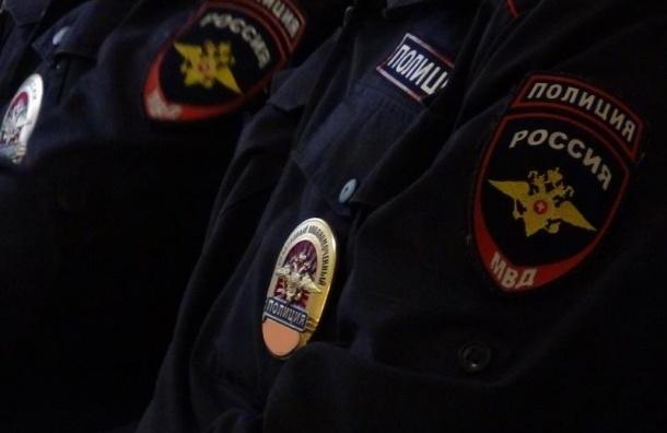 Мужчина заявил о захвате заложника в Петербурге