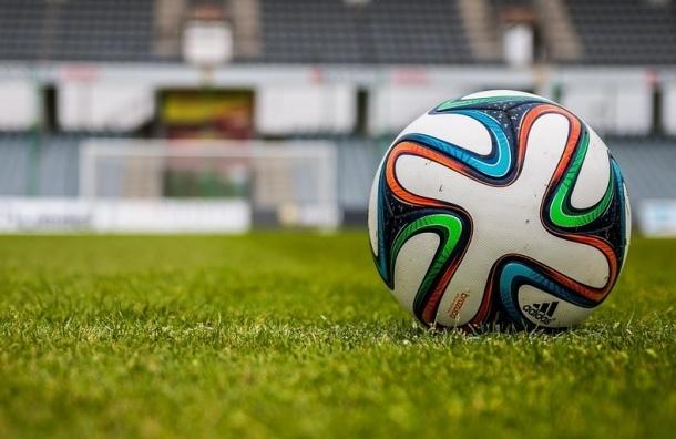 Разогнать сборную по футболу хочет уже 233 тысячи человек