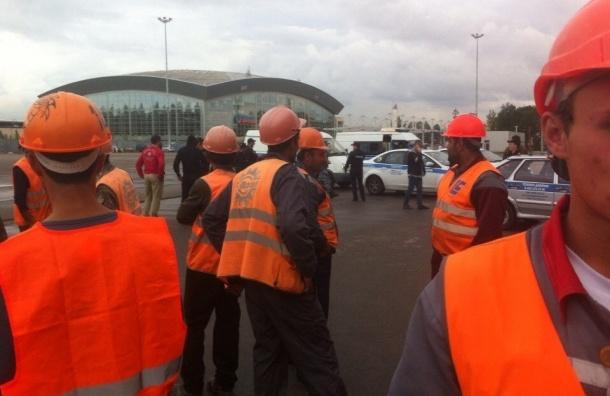 Рабочие «Зенит-Арены» прекратили забастовку после разговора с прокурором