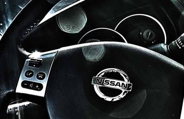 Nissan в Петербурге ушел на летние каникулы