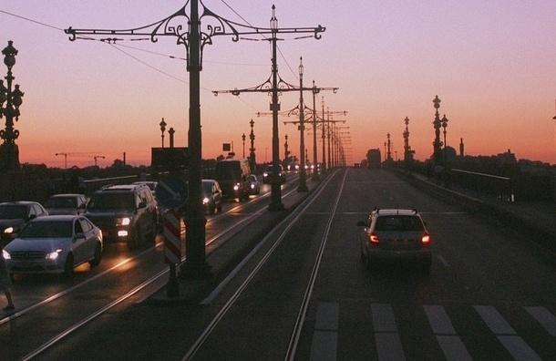 Сайт «Мосты Петербурга» «заговорил» на китайском языке
