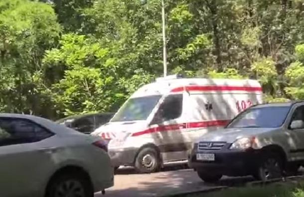 Кадры с места расстрела полицейских в Алма-Ате появились в Сети