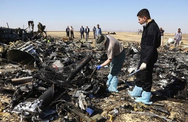 Мать жертвы падения самолета над Синаем добивается страховой выплаты через суд