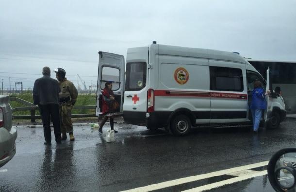 Три человека погибли в страшной аварии в Ломоносове
