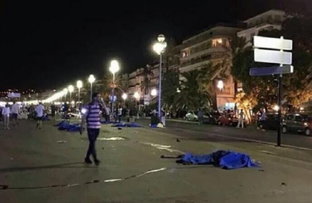 Теракт в Ницце: 50 убитых