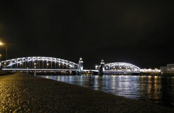 Мосты в Петербурге не будут разводить из-за непогоды